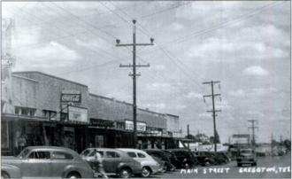 Greggton, Texas - Main street/U.S. 80 in Greggton, circa 1947