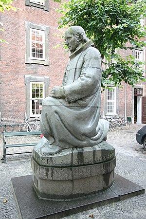 Niels Skovgaard - Niels Skovgaard: Statue of Grundtvig, Copenhagen (1931)