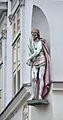 Gumpendorfer Straße 107, Vienna - statue of Christ 01.jpg