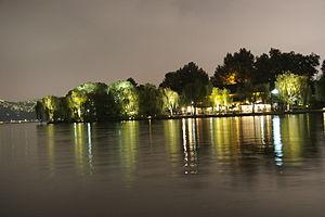 Evening scenes of Hangzhou's West Lake