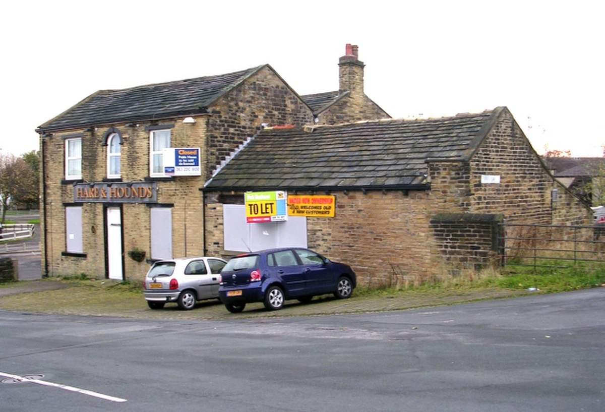 Hare and Hounds - Wibsey Bank - geograph.org.uk - 1020955.jpg
