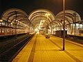 Hauptbahnhof Kiel bei Nacht.JPG