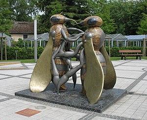 Hohen Neuendorf - Honey bee memorial