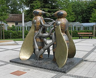 Hohen Neuendorf - Honey bee memorial