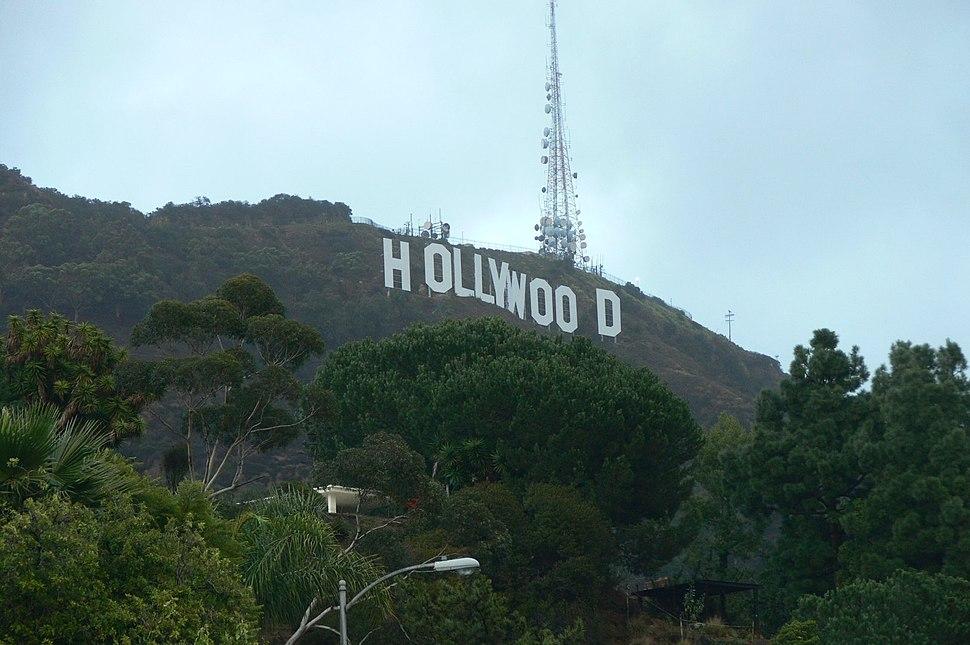 Hollywood Sign close up 2006