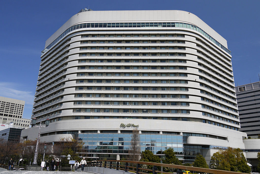 top 10 hotels in osaka japaniverse travel guide. Black Bedroom Furniture Sets. Home Design Ideas