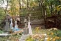 Hucisko Brodzkie cemetery - panoramio - Figure (1).jpg