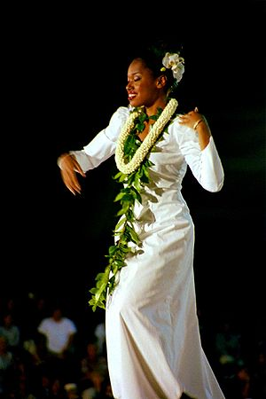 Merrie Monarch Festival - Solo competition 2003
