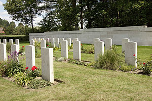 Hyde Park Corner (Royal Berks) Cemetery, as viewed from the entrance of the Berks Commonwealth War Graves Commission Cemetery Extension opposite