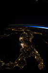 ISS-40 Night View of Italy (3).jpg