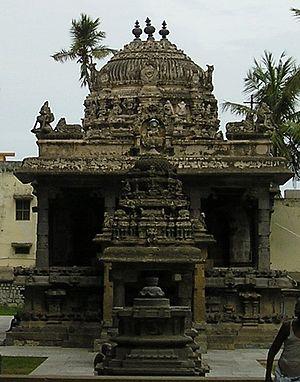 Iravatanesvara Temple, Kanchipuram - Kanchi Kailasanathar Temple