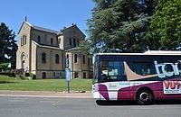 Irisbus Citelis 12 n°05 TANEO Varennes Vauzelles Église.JPG