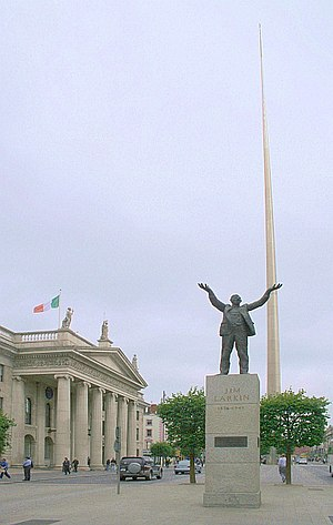English: James Larkin Statue and The Monument ...