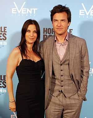 Jason Bateman - Bateman with wife Amanda Anka in August 2011