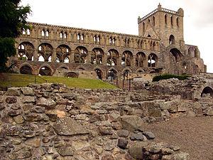 Jedburgh Abbey - Image: Jedburgh Abbey 01
