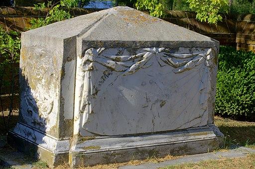 John Custis IV tomb