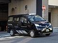 Kanagawa Toshi Kotsu 446 NV200 Universal Design Taxi.jpg