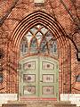 Katholische Kirche St. Antonius-Eingangsportal-Berlin-Oberschöneweide by-Leila-Paul-3.jpg