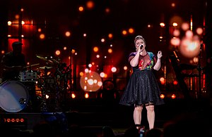 Piece by Piece (Kelly Clarkson album) - Clarkson performing on the Piece by Piece Tour in Austin, Texas in 2015.