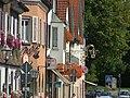 Kißlegg Herrenstraße Häuserzeile - panoramio.jpg