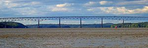 Kingston–Rhinecliff Bridge - Image: Kingston Rhinecliff Bridge