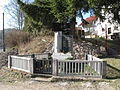 Kněžičky (Český Dub), pomník.jpg