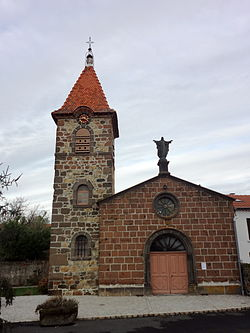 La Chomette, façade de l'église.jpg