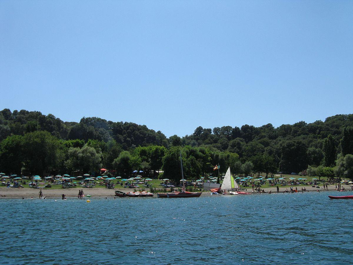 Lago di martignano wikipedia for Lago n