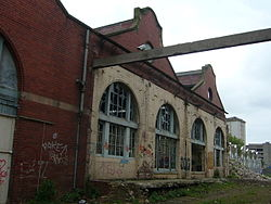 Last days of the old Shrubhill tram depot (geograph 1839316).jpg
