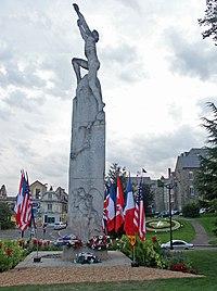 Statue en hommage à Wilbur Wright sur la place des Jacobins
