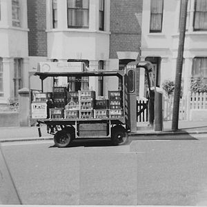 Lewis Electruk - A Lewis Electruk rider pram, registration no SJD 884, operated by the London Co-operative Society, delivering milk in Southend-on-Sea around 1969