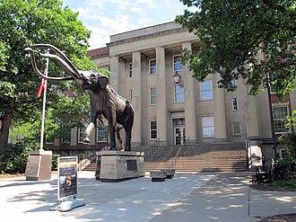 University of Nebraska State Museum - Image: Lloyd G. Tanner Plaza & Morrill Hall, University of Nebraska Lincoln, Lincoln, Nebraska, USA