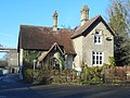 Lock Cottage, Allington Sluices, River Medway.jpg