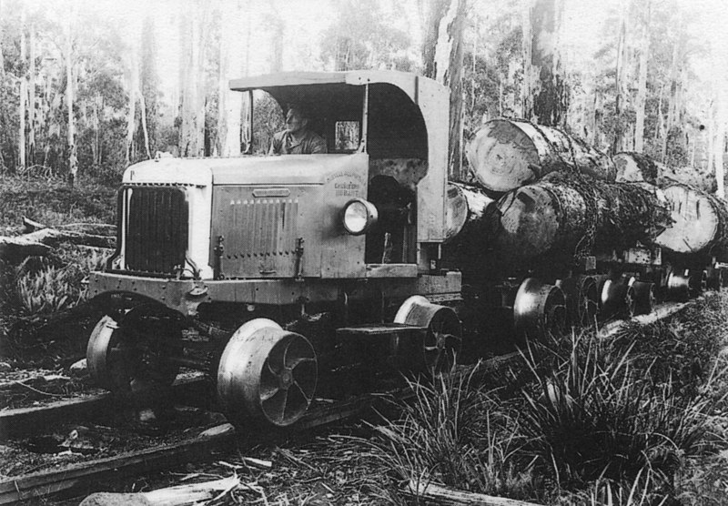 File:Logging rail tractor, built by Allports of Hobart, used on the Huntsman tramway south of Deloraine (11663459366).jpg