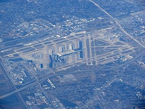 Louisville International Airport (8228863732).jpg