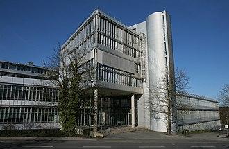 1988 in architecture - Image: Luedenscheid ERCO1 Bubo