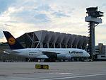 Lufthansa, Airbus A380-841, D-AIME (14122716471).jpg