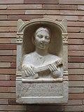 Escultura de una pandura romana en España