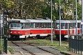 Míjení tramvají na viaduktu Křížkovského.jpg