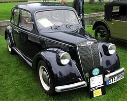MHV Lancia Ardea front right.jpg