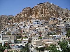 http://upload.wikimedia.org/wikipedia/commons/thumb/4/4d/Maaloula-VillageView.jpg/240px-Maaloula-VillageView.jpg