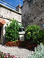 Malcesine (VR), Castello Scaligero, monumento a Goethe.jpg