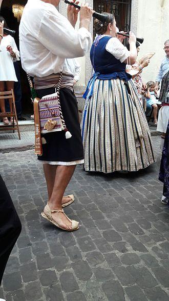 Dulzaina - Valencian tabaleters during folk celebration in Algemesi