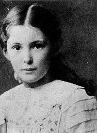 Maria Reiche 1910.jpg