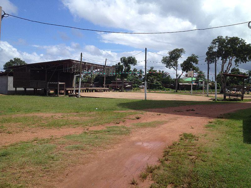 Place des Fêtes - ville de Maripasoula