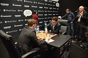 Match Carlsen-Caruana, London 2018 (2).jpg
