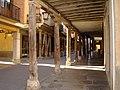 Medina de Rioseco Rua Mayor Columnas madera ni.jpg