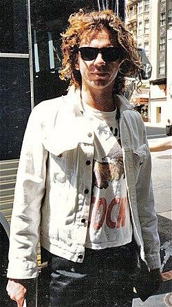 Michael-hutchence-INXS-1986.jpg