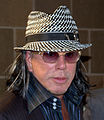 Mickey Rourke at the 2009 Tribeca Film Festival 2.jpg
