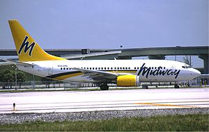 Midway Airlines (1993–2003) - A Midway Airlines Boeing 737-700.